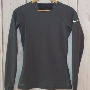 38b3ba98 Nike. Nike Pro Hyperwarm LS Grey Shirt ...